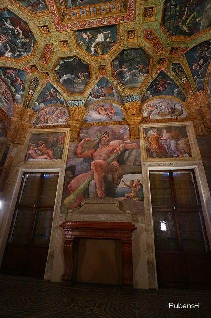 テ美術館「オリンポスの神々」