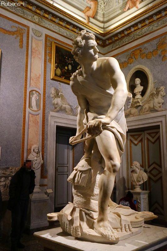 「ダビデ像」ボルゲーゼ美術館