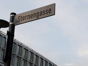 ルーベンス一家が住んだSternengasse通りの表示